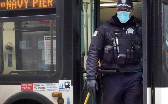 How-'Bank-the-Blue'-is-testing-&-supporting-police-in-the-South-Loop